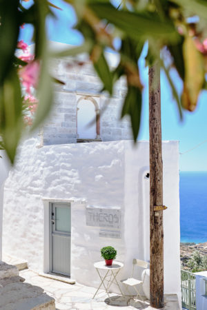 Living Theros Luxury Suites Tinos – Gallery (16)