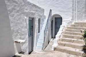Living Theros Luxury Suites Tinos – Gallery (18)