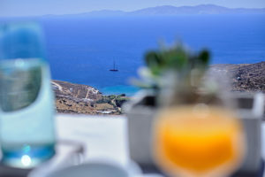 Living Theros Luxury Suites Tinos – Gallery (2)