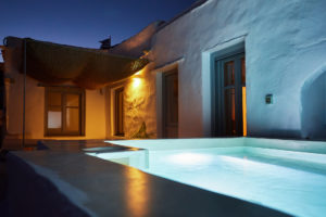 Living Theros Luxury Suites Tinos – Gallery (5)