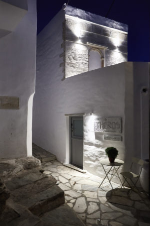 Living Theros Luxury Suites Tinos – Gallery (6)